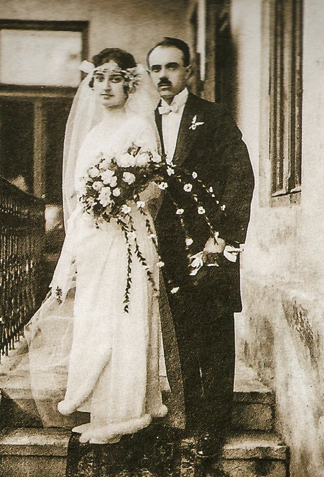 Yosyp Bokshai and Marharyta Avroi. Wedding photo, 1924.jpg