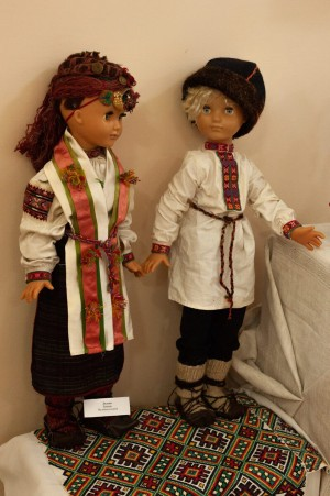 Dolls-Hutsuls (Museum Collection).