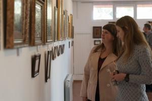 The artist from LUHANsk Iryna_Mezeria PRESENTED her own works IN UZHhOROD