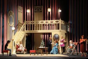 «Вісім  люблячих жінок», театральна діяльність, 2012