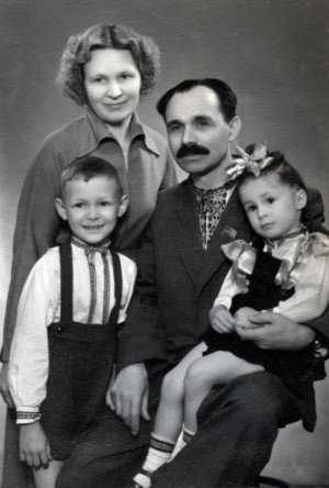 Family photo. With his wife Uliana and children Yaroslav and Luidmyla, end of 1950 (From Y. Svyda)