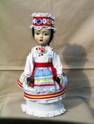 Лялька «Березняночка», 2007, кераміка, текстиль, муліне, гладь, бісер