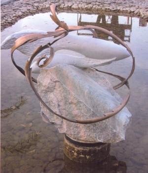 Риби, 2004, мармур, бронза, 150х100х90