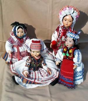 Ляльки, 2005, кераміка, текстиль, муліне, гладь, бісер