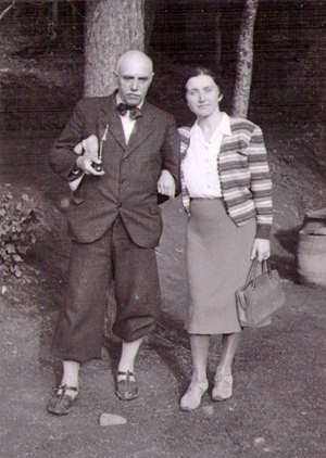 Y. Bokshai with his wife
