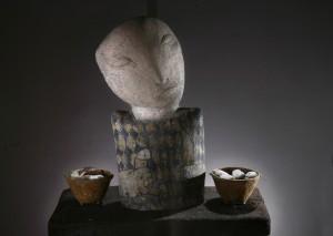 Попова Н. Із серії «Поїдання», 2012, шамот, поливи, ангоби, 40х37х17