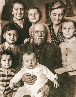 Daughter Kateryna with her children