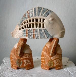 Попова Н. Риба, 2003, шамот, пігменти, 28х30х12