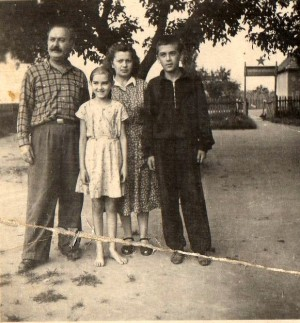F. Manailo with his family, 1953 (Photo archive of I. Manailo)