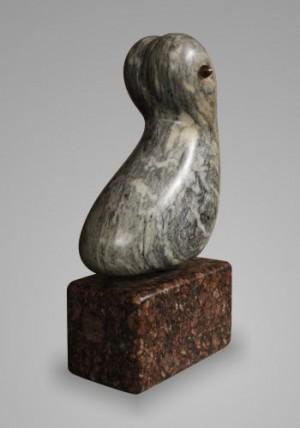 Сидяча ІІ, 1999, мармур, граніт, бронза, 24х9х14