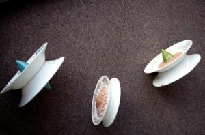 Інсталяція з 8 предметів 'Котилися Буди у блуди', 2017, кераміка