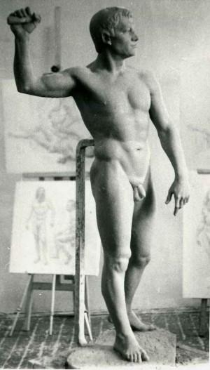 Курсова постановка, чоловіча фігура, 1985, (вигляд збоку)