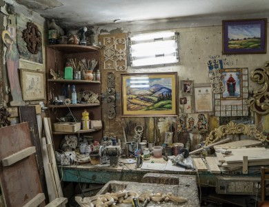 MASTER AND HIS STUDIO. SERHII PISHKOVTSII