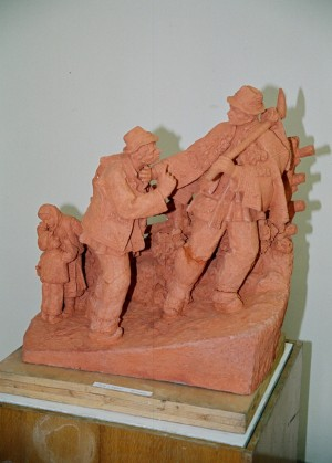 Get Out Of The Way!, 1985, terracotta, round sculpture