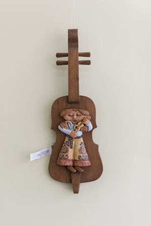 L. Yashkina. Play Music, Play, wood, ceramics